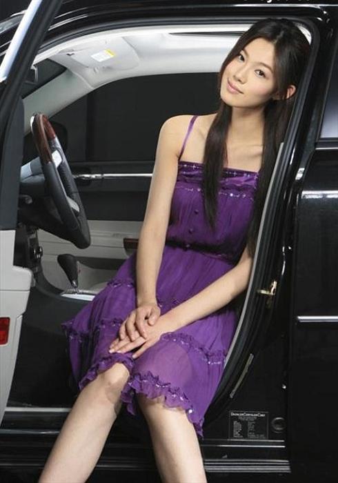 克莱斯勒 紫色精灵 于娜高清图片