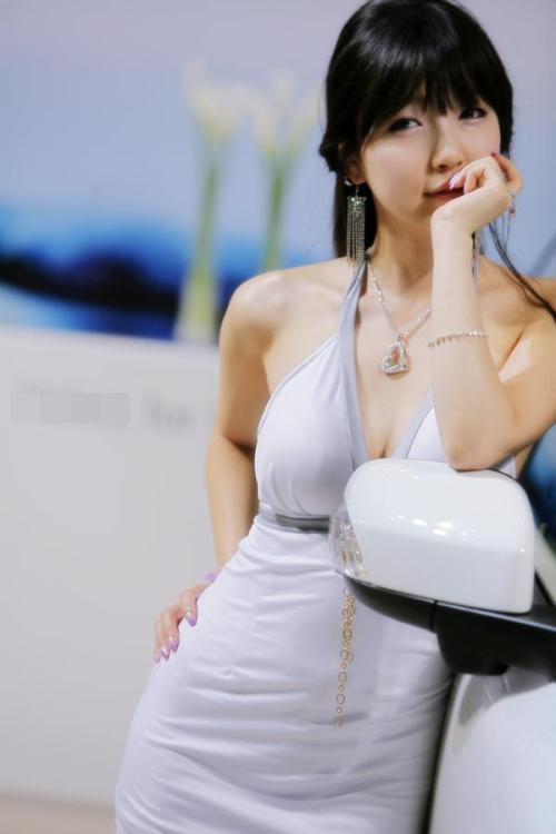 「http://photo13.hexun.com/p/2008/0527/205023/b_65E84CF7F3AC09D2E4D07B13D9100BD4.jpg」